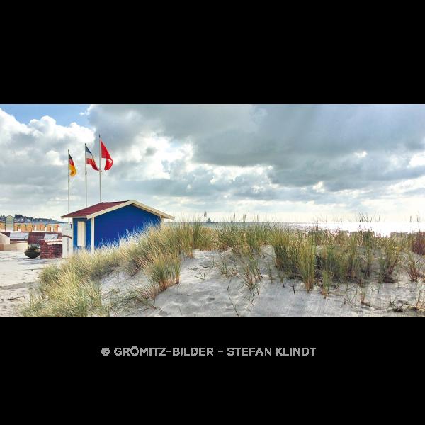 Strandhäuschen einer Strandkorbvermietung am Grömitzer Strand