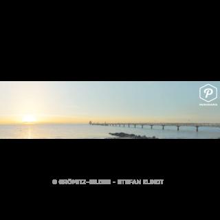 Seebrücke mit Morgensonne