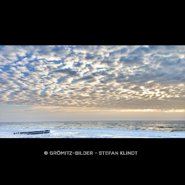 121 Grömitz Bilder - Winterhimmel über Lensterstrand