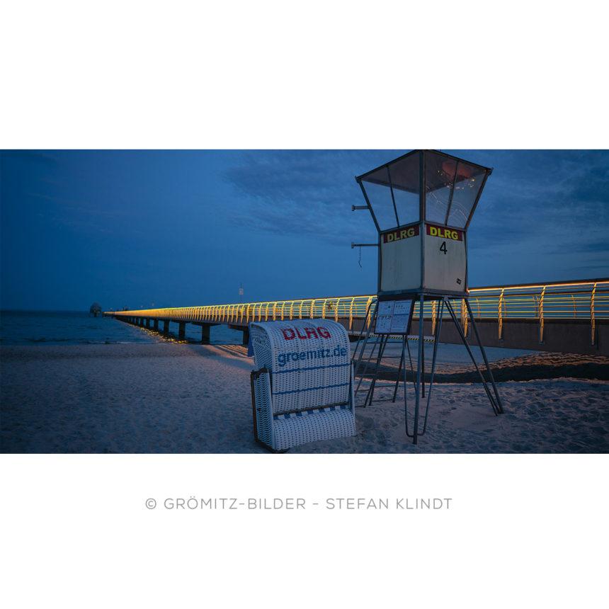 0521 Grömitz Bilder - DLRG-Wache 4 bei neuer Seebrückenbeleuchtung